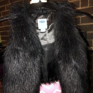 Black Faux Fur D Navy Vest 18-24M